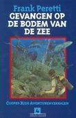 GEVANGEN OP DE BODEM VAN DE ZEE 4 - PERETTI - 9789063180485