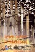 LEVEN ACHTER PRIKKELDRAAD - WIERSEMA - 9789085430902
