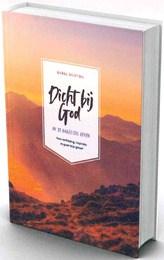 BIJBEL DICHTBIJ BGT DICHTBIJ GOD - BIJBEL IN GEWONE TAAL - 9789089122032